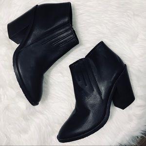 NEW | Aquatalia Loren Waterproof Block Heel Bootie